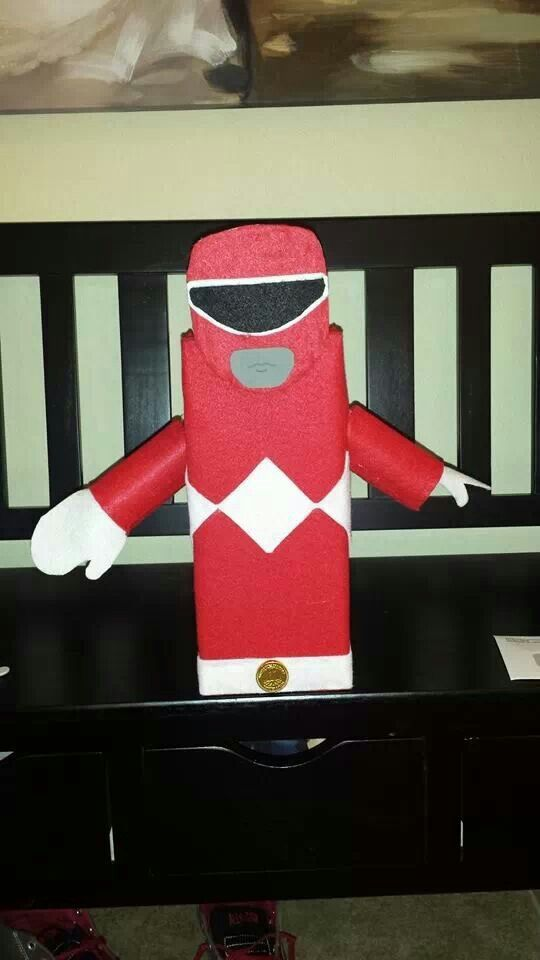 Mighty Morphin Red Power Ranger Valentine's Day box .... red, black & white felt were used, a shoe box, hot glue gun, empty toilet paper roll, cardboard box,  grey marker and gold chocolate coin  .... By: Jen's Creations