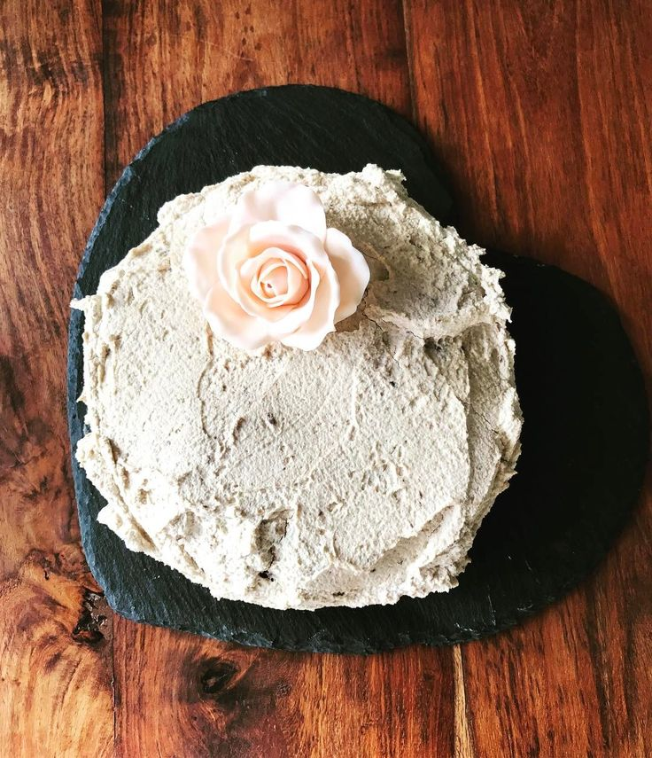 I made #cake and #caketopper. #rose #flesh #handmade #jewellerydesign #jewelry #agapeartbya
