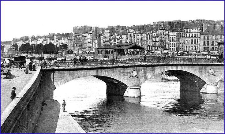 vers quai fosse-Nantes
