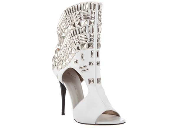 Giuseppe Zanotti studs: Silver Studs, Shoes Sandals Boots, Style, Ankle Boots, Giuseppe Zanotti Design, Shoes Boots, Boots Shoes