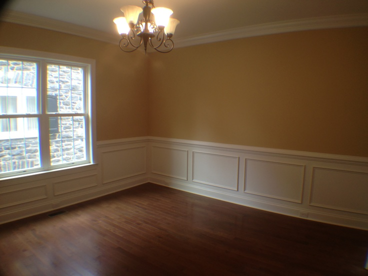 Dining room with chair rail shadow boxing and crown moulding 27 east park pinterest Master bedroom chair rail