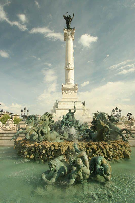 Fountaine des Girondins Place Quinconces  - Bordeaux