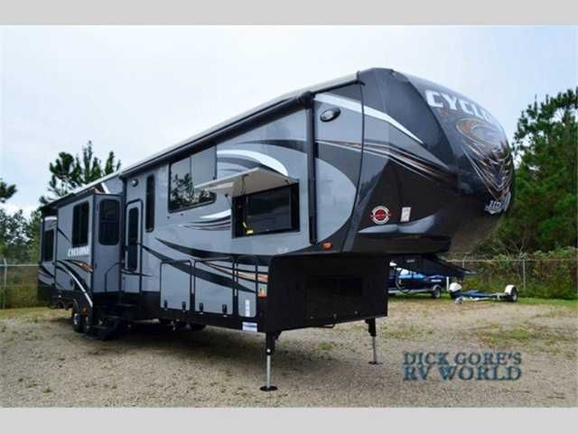 2016 New Heartland Rv Cyclone 4150 Toy Hauler in Florida FL.Recreational Vehicle, rv, * Jacksonville, FL 1-800-635-7008 * * Richmond Hill, GA 1-888-756-7556* * St. Augustine, FL* 904-797-7878