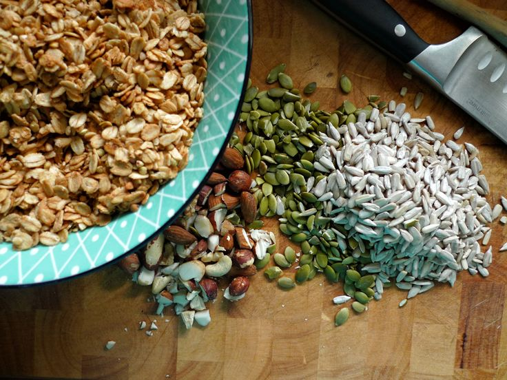 Home-made granola - with Gluten-free alternatives Dairy-free Gluten-free Healthy Recipes Naturopathy