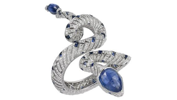 As one of the oldest and most widespread mythological symbols, it's no wonder serpents (snakes) remain as popular in jewelry as they did back in ancient Egyptian times. What makes this creat…