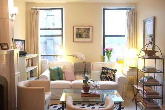 studio apartment decoration ideas. like the position of the couch