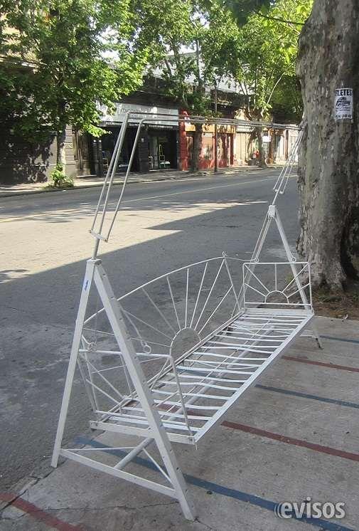 Hamaca de hierro en CARRARA  Hamaca de jardín con armazón para toldo.Mide de ..  http://goes.evisos.com.uy/hamaca-de-hierro-en-carrara-id-329480