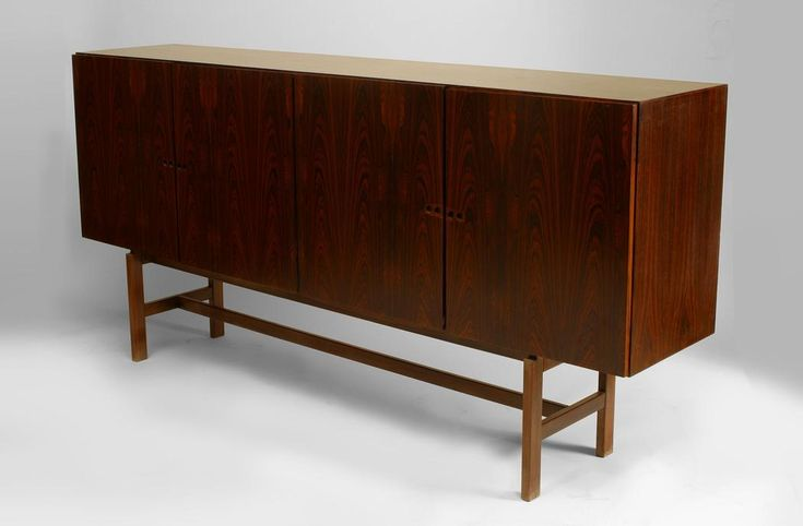 Post-War Design Scandinavian cabinet/case-piece sideboard rosewood
