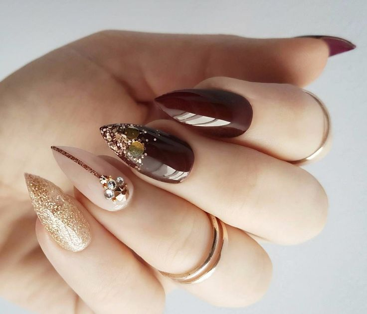 62 Classy Swarovski Nail Art Ideas To Try Out On Your Nails: Burgundy With Rose Gold Detail And Swarovski Crystals