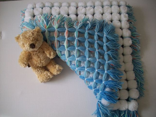 how to make a pom pom baby blanket