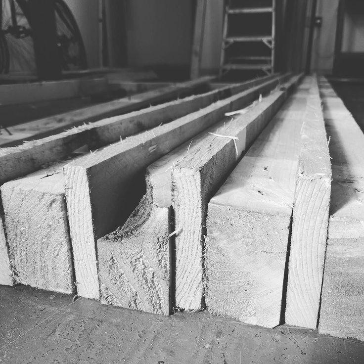 Experimental tabletop construction #palletfurniture #sawnlondon