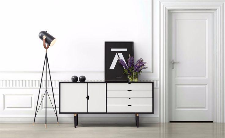 Andersen Furniture - S6 Sideboard - Sort lak/hvide fronter - opbevaring - inspiration til indretning af stue - idéer til boligindretning - drømmebolig - dansk design