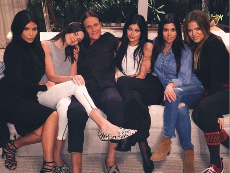 "Kylie Jenner posts a photo with her sisters and Bruce Jenner captioned, ""Daddy's girls,"" on Jan. 19, 2015.%0A -Cosmopolitan.com"