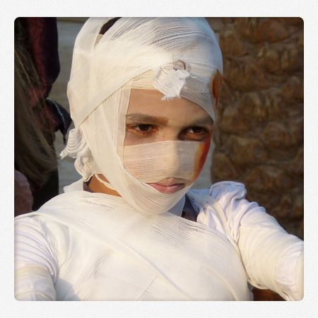 Gruseliges Mumienkostüm für Halloween. Die Anleitung gibt es auf #Spielzeugde
