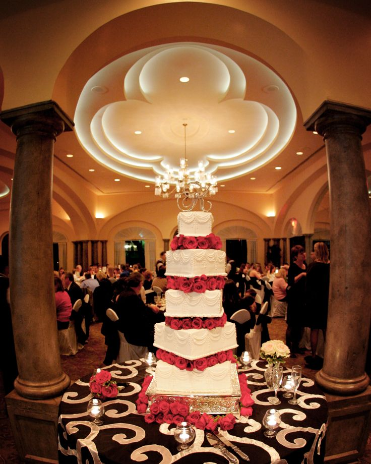 Wedding Cake, at The Club At Sonterra