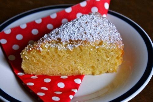 Nigella's easy Almond Cake recipe