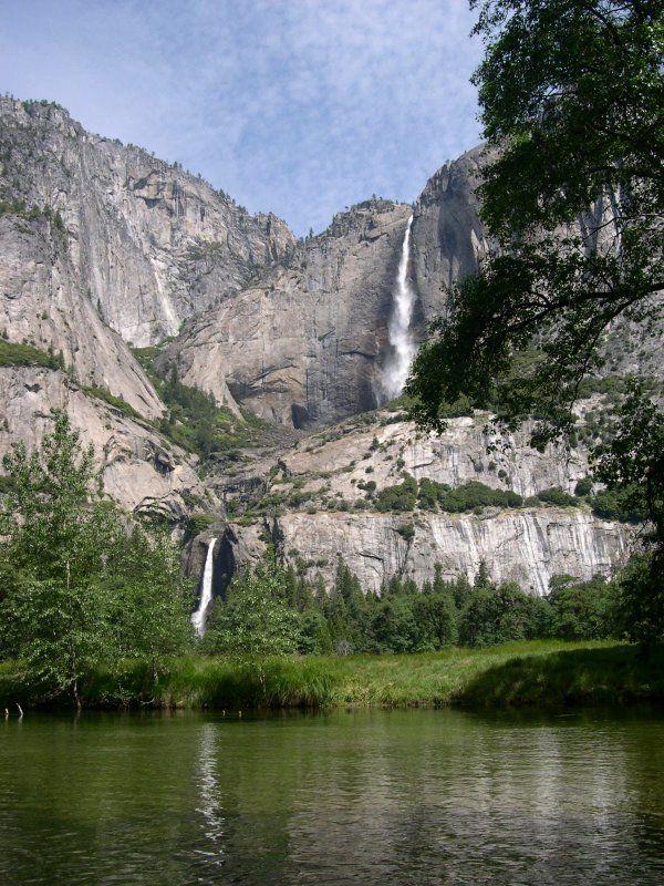 yosemiteParks Waterfal, Yosemite National Parks, Favorite Places, Peace Places, California, Yosemite Falls, Camps, Rivers, Families