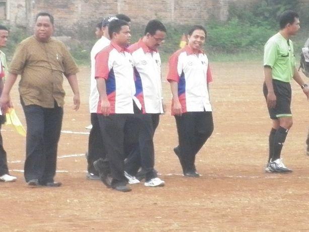 Tiga Stadion Sepakbola di Kota Depok Rusak Parah