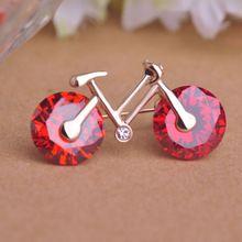 Модный Красный Велосипед Брошь 18 К Позолоченные Маленькие Женщины Девушки Красный Циркон Велосипедов Броши Горный Хрусталь, Изумруд Цвет Корсаж Костюм контакты(China (Mainland))