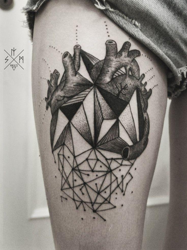 Confira as novas tatuagens geométricas e inove nos rabiscos                                                                                                                                                                                 Mais