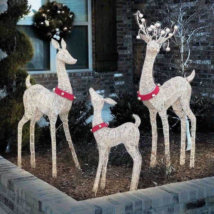 Christmas Deer Decorations Yard: 39 Best Christmas Lights Images On Pinterest