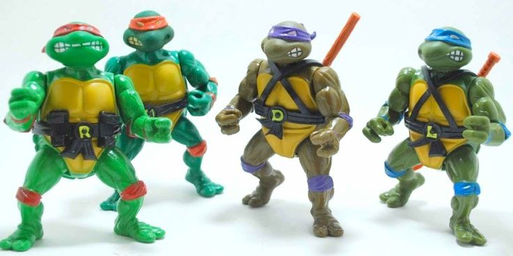 """Shell It Out: The 15 Most Valuable Teenage Mutant Ninja Turtles Toys Ever In addition to the removable cloth coat, this """"Surveillance Spy Turtle Technician"""" also came packaged with the following spy accessories: Undercover Mutant Movie Camera, Infrared Googie Goggles, Super Sensitive Eaves-droppin' Dish, Surveillance Spy..."""