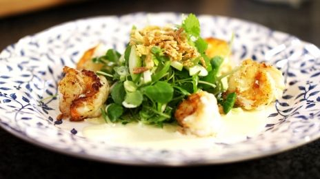Eén - Dagelijkse kost - salade met scampi, appel en curry   Eén