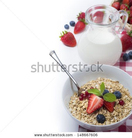 Oats with strawberries and blueberries