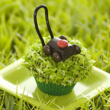 fathers day lawn mower cupcake