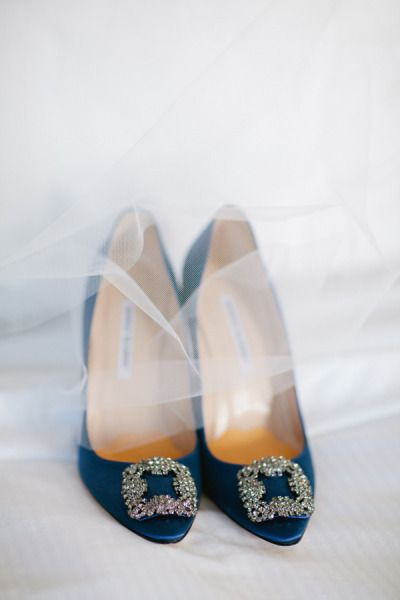 Hangisi pumps by Manolo Blahnik | photography by Birds of a Feather Photography