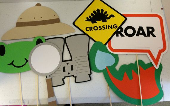 The Dino crossing is cute but instead (or in addition) we could do the baby Cameron hatching soon (maybe a different sign shape/color) @vpardo