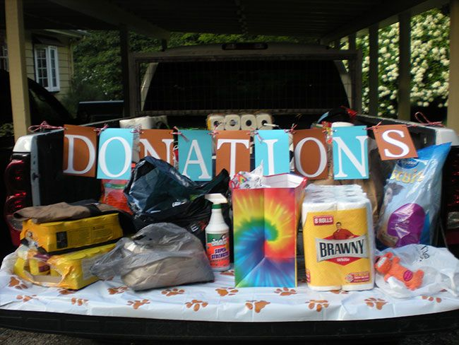 Instead of presents, guests brought donations for the local Humane Society. With over 50 kids at the party, that added up to a literal truckload of supplies!