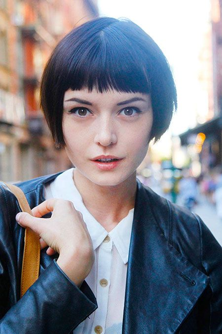 A cute short bob with blunt bangs! #Bangs #SexyHair #ShortSexyHair