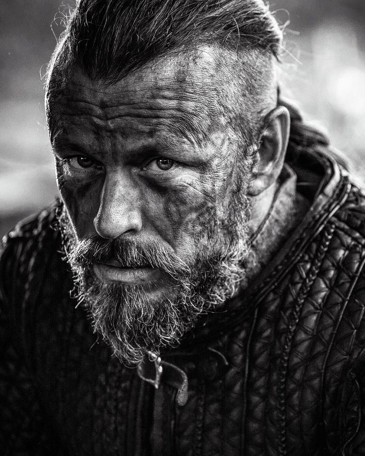 Peter Franzén as King Harold Finehair | Vikings TV show