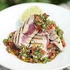 Jamie Oliver: gegrilde tonijn met salsa van tomaten en koriander recept - Vis - Eten Gerechten - Recepten Vandaag
