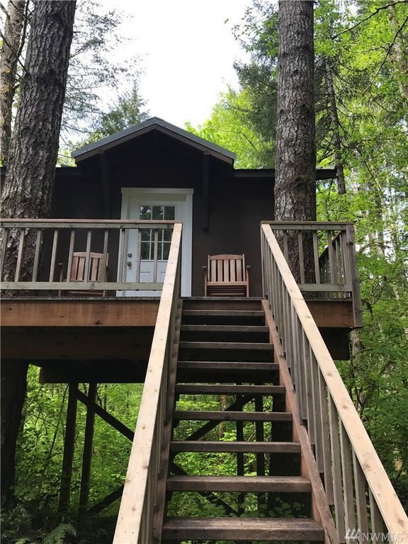 Tiny Treehouse Cabin on 1.3 Acres in Belfair For Sale