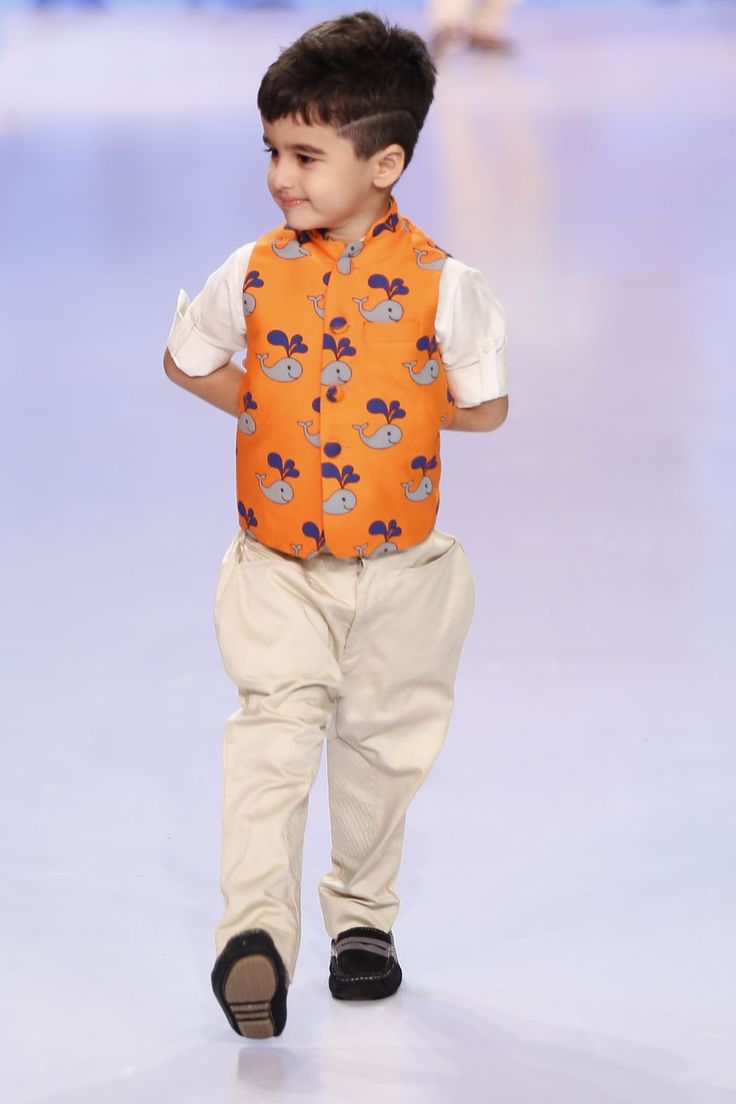 Stylemylo -- Take it from us, nothing makes a mother swoon faster than their kids dressed in a 'uniform' and jodhpuri pants paired with Nehru jackets just taps on that weakness.