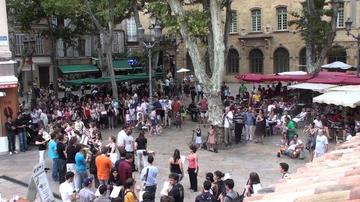Flashmob OFJ (en résidence au Grand Théâtre de Provence).mov (+playlist)