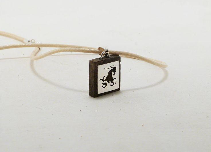 collier sagittaire ,zodiac,signe astrologique, repercé, sur Bois precieux! en argent et fait main : Collier par latelierdegastyne