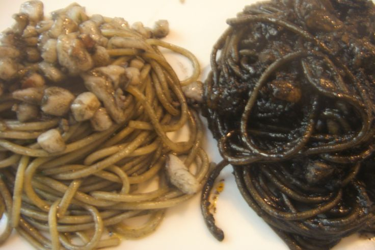 Spagheti with two kinds of Black Ink sauce