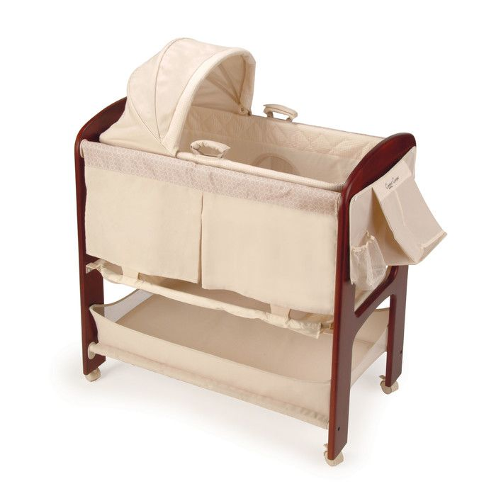 The Classique bassinet offers classic style, convenient features and elegant fashions for contemporary moms. A full-size bassinet, Moses basket and changing table all in one extend the use of the product.