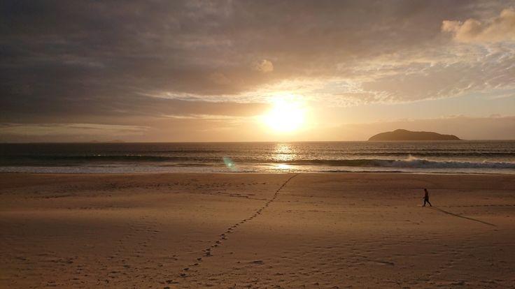 #hawksnest #camping #beach #sunrise #footprints #sand #mypic