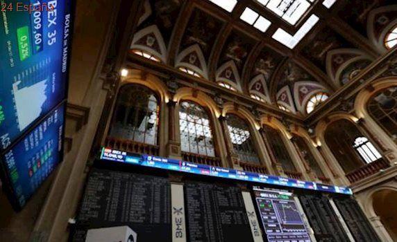 ¿En qué parte del programa Renta Web se introduce el cobro de dividendos de acciones?