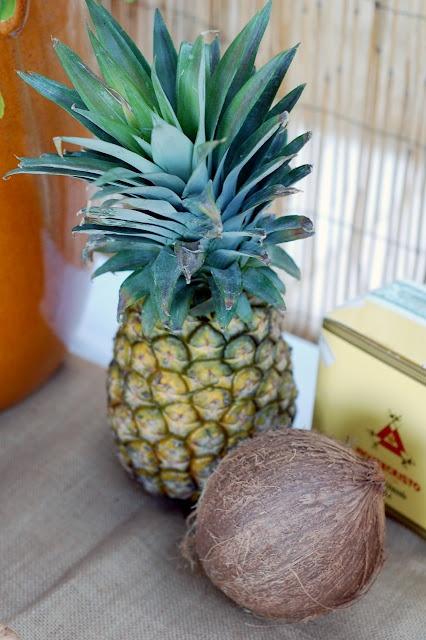 Cuban decor; nice fruit basket to put on the table.