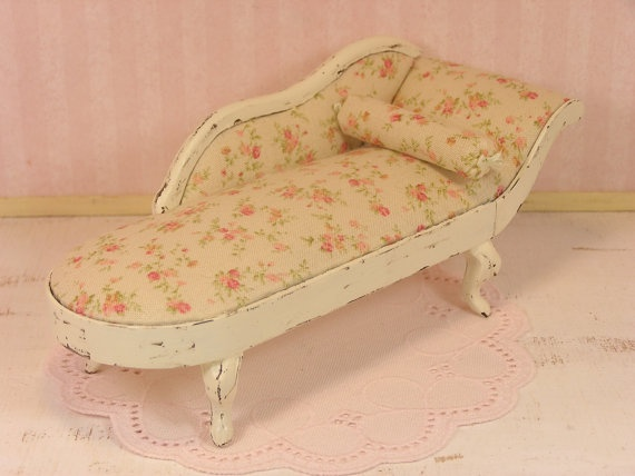 One inch scale shabby chic victorian fainting couch by for Small fainting couch