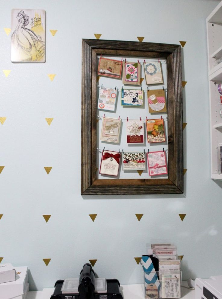 Step by step instructions on how to do a rustic clothespin photo display.  You can