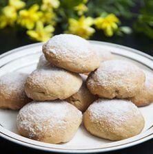 Μπισκοτάκια με βραστή ζύμη, παραδοσιακά, από τη μυροβόλο Χίο. Εύκολα, οικονομικά, γρήγορα και με μεγάλη διάρκεια ζωής