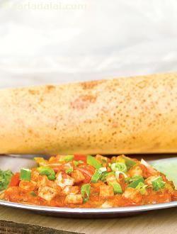 Paneer Chilly Dosa ( Mumbai Roadside Recipe) recipe   Paneer Chilly Dosa ( Mumbai Roadside Recipe)   by Tarla Dalal   Tarladalal.com   #33398