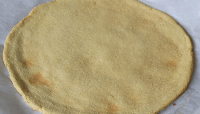 AIP Flatbread that can be used for pizza crust, wraps or focaccia bread.   Uses arrowroot, coconut flour and plantain.