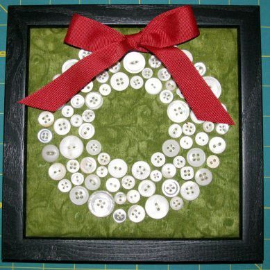 Christmas wreath idea. I think I'll do green wreath on white (snow) background, with a few red here and there.